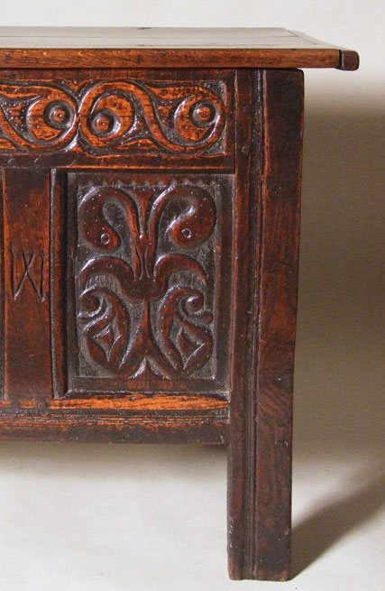 SUPERB LATE 17TH CENTURY ENGLISH CARVED OAK CHEST