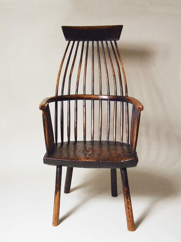 Painted lobster pot comb-back Windsor chair