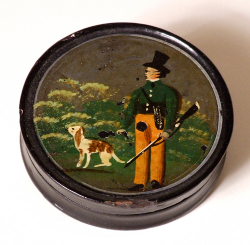 Early 19th century papier-mache snuff box
